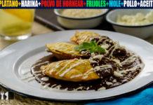 Receta de quesadillas de plátano macho con mole